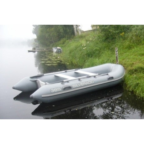 Лодка Silverado Sport 38S