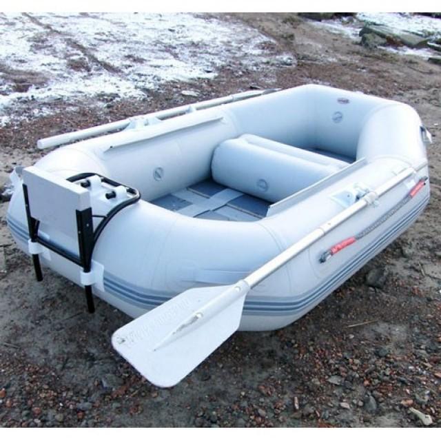 Лодка Badger Lake Line 200