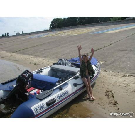 Лодка Yamaran S390
