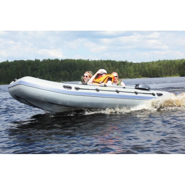 Лодка Адмирал 410